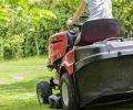 Jak vybrat nejlepší zahradní traktor